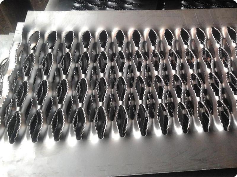 不锈钢鳄鱼嘴防滑板图